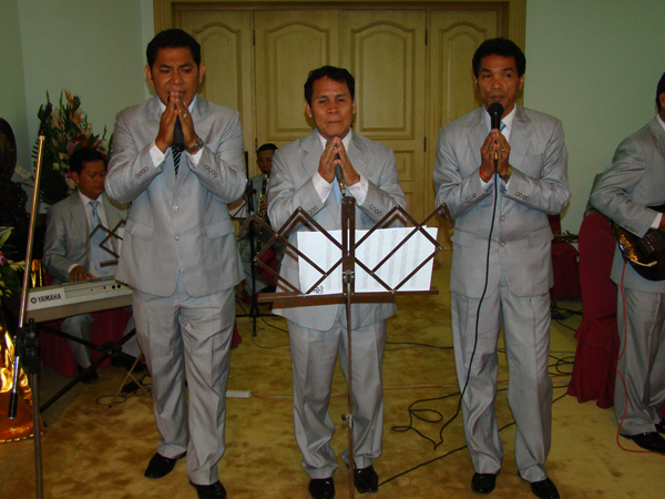 All/photo/Divers/AnniversairedeSMNorodomSihanouk/Decembre2010/id222/photo003.jpg
