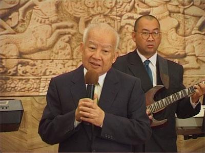 http://norodomsihanouk.info/All/singing/Image/Nostalgie-de-la-chine.jpg
